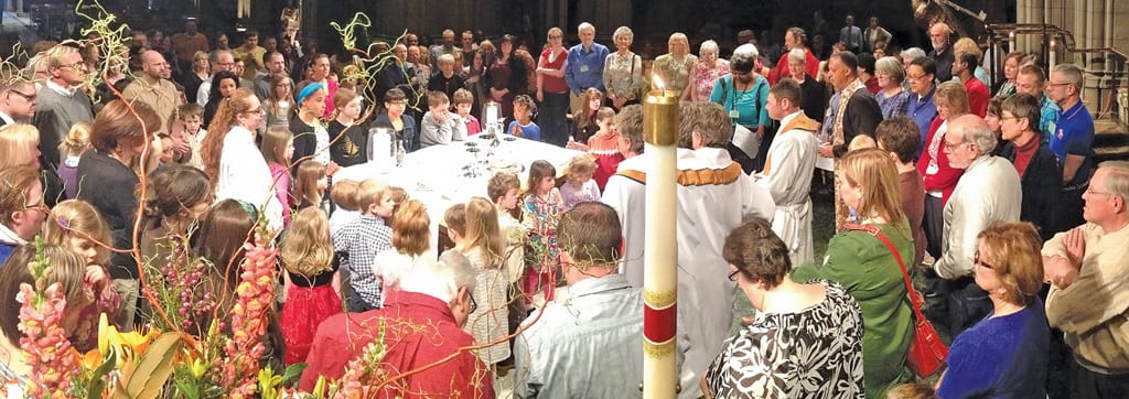 Congregation at the Altar
